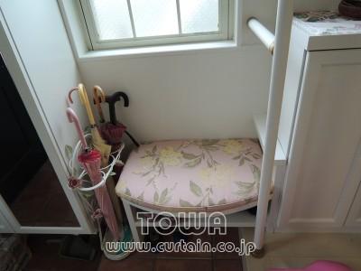 作り付けの椅子