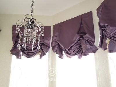 紫のバルーンシェード