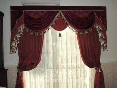 豪華なカーテン