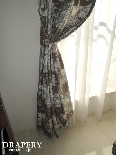 テヴェノンのカーテン
