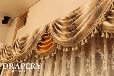 ガンセドのカーテン