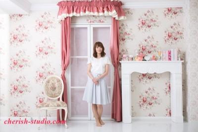 ピンクのカーテン