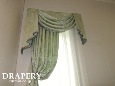 輸入住宅に合うカーテン
