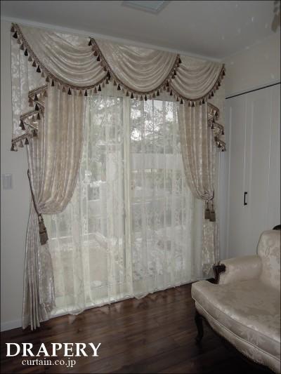 お姫様みたいなカーテン