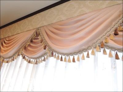 お城みたいなカーテン