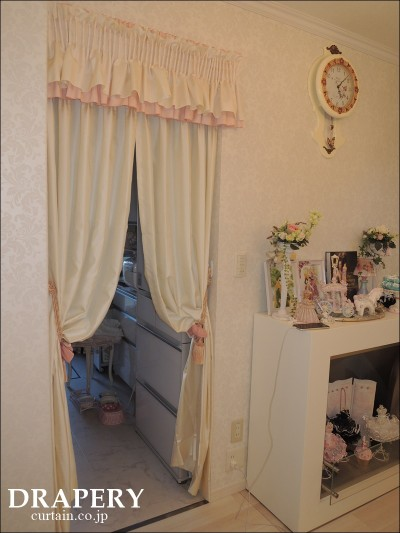 小さなカーテン