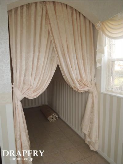 シューズクロークのカーテン